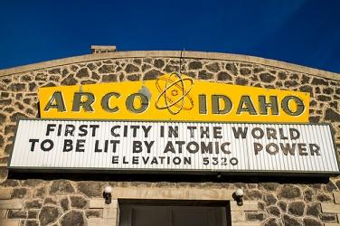 Radioactive Arco